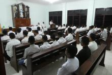 The seminarians at prayer in the chapel of the new building.