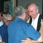 Il nuovo Superiore Generale riceve i saluti del P. Giuseppe Bove ed altri capitolari.